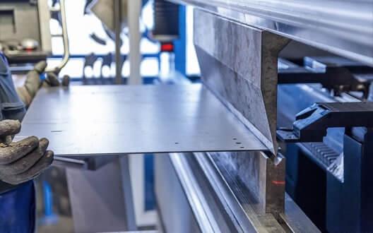Gia công cắt, chấn gấp CNC laser kim loại chuyên nghiệp giá tốt