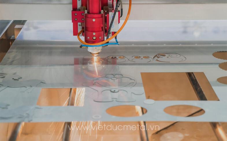 Gia công cắt laser sản phẩm