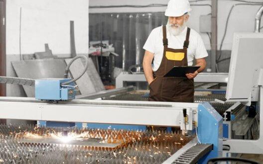 Tìm hiểu về những lợi ích của máy cắt laser cnc kim loại