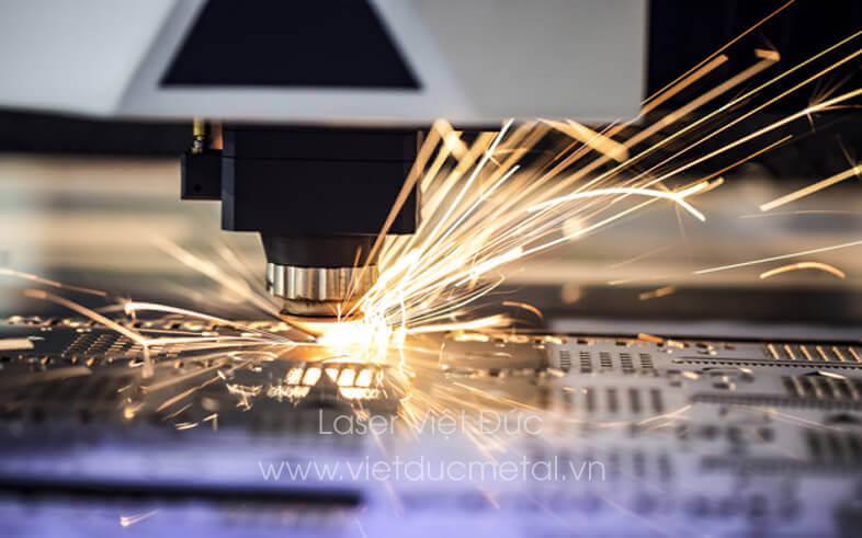 Các loại đầu cắt laser
