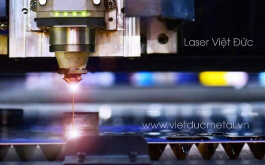 Cấu tạo máy cắt laser và những ưu điểm khi sử dụng máy cắt laser