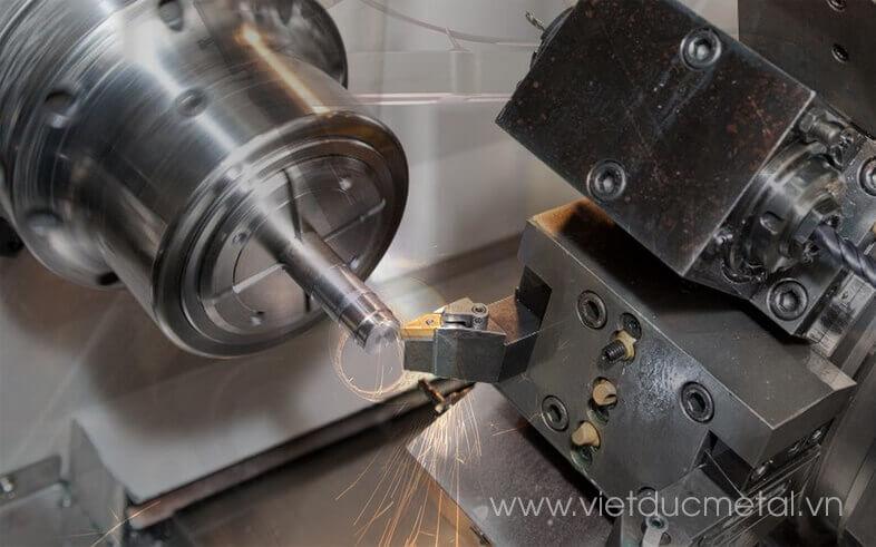 Máy gia công kim loại tấm