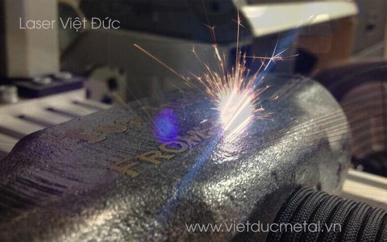 máy khắc laser kim loại mini chất lượng caoáy khắc laser kim loại mini
