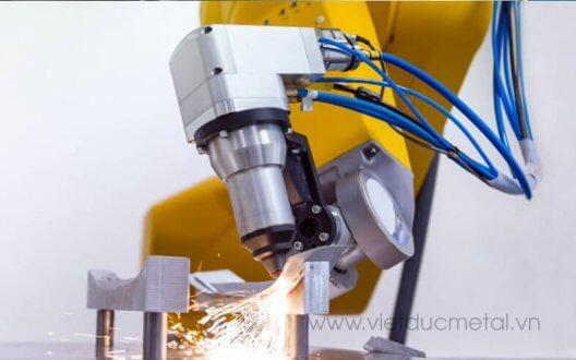 Những ứng dụng của máy cắt laser trong các lĩnh vực đời sống