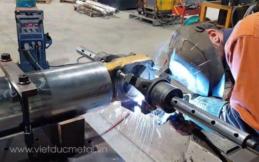 Chế tạo máy cơ khí theo yêu cầu uy tín chất lượng tại Kim khí Việt Đức