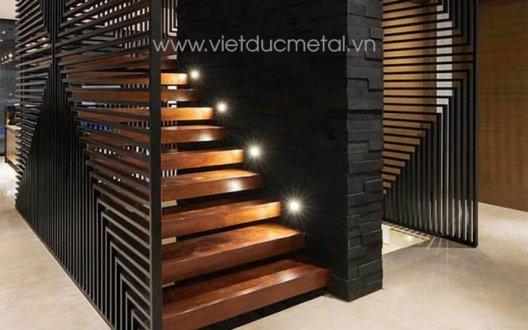 Vách ngăn trang trí cnc cầu thang
