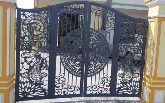 Báo giá cổng sắt CNC nghệ thuật đẹp với chi phí ưu đãi