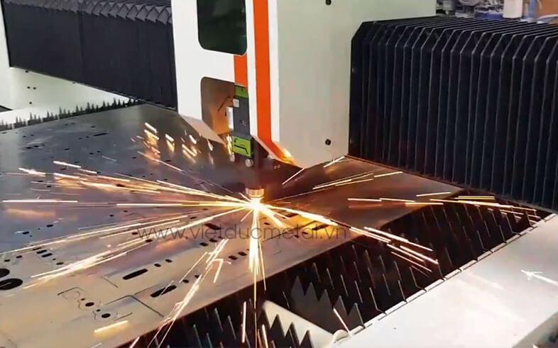 Cắt laser fiber kim loại