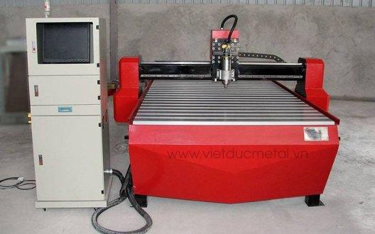 Cấu tạo của máy CNC và ưu điểm nổi bật trong gia công cơ khí